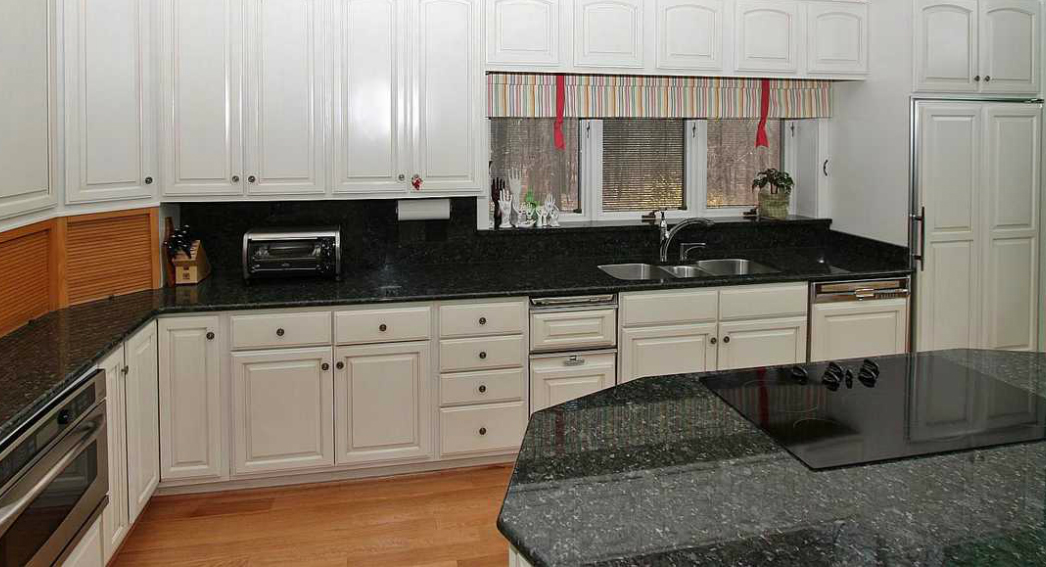 Custom Granite Tops